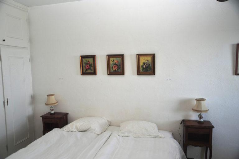 Villa-Rental-Provence-Mas-du-Chene-Bedroom-2