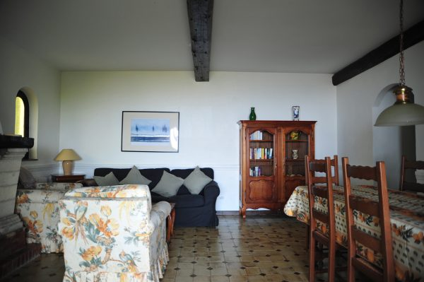Villa-Rental-Provence-Mas-du-Chene-Dining-Area