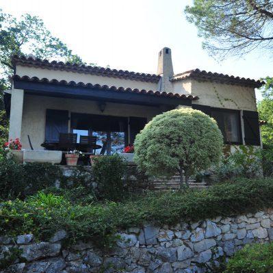 Villa-Rental-Provence-Mas-du-Chene-Front-2
