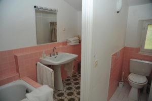 Holiday-Apartment-Eze-Bathroom.