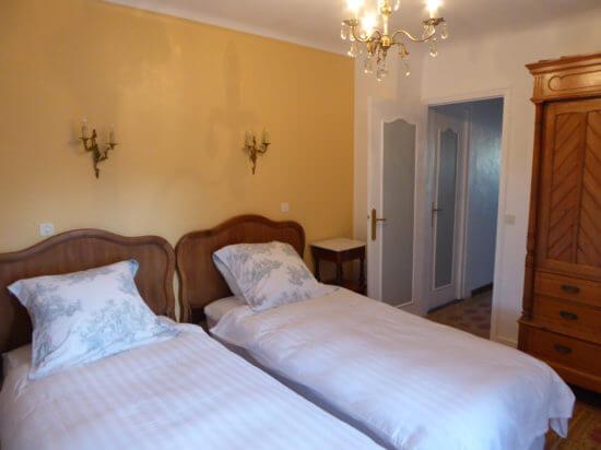 Holiday-Home-France-La-Veranda - bedroom