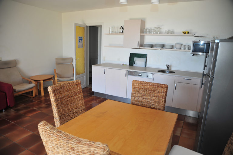 Holiday-Rental-Nice-Kitchen