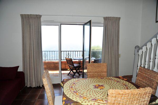 provence-holiday-apartment-grasse-livingroom