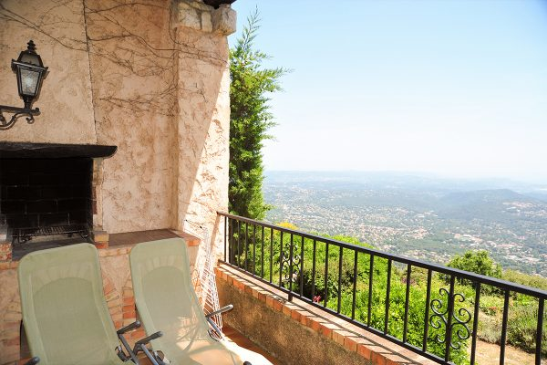 provence-holiday-apartment-grasse-view