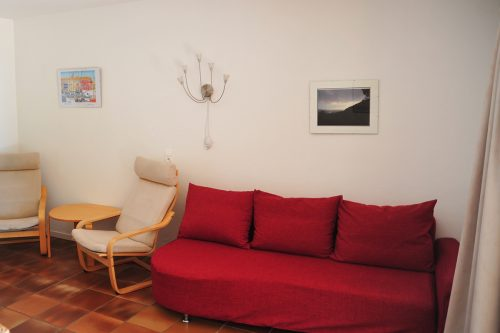 Rent-Apartment-Saint-Tropez-Couch