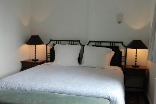 self-catering-gites-cabris-bedroom
