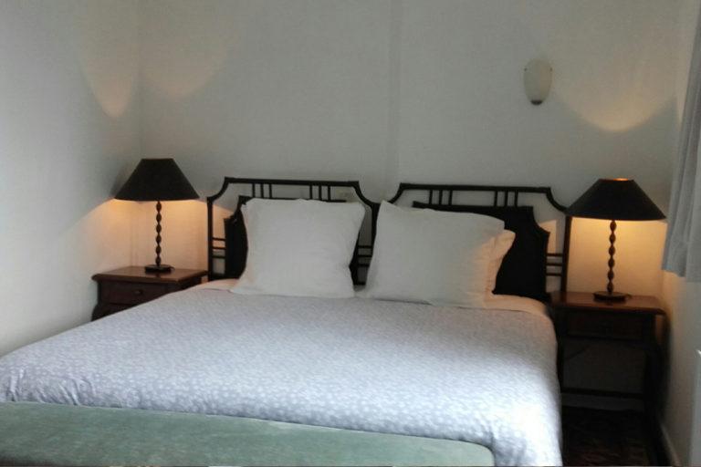 self-catering-gites-cabris-bedroom