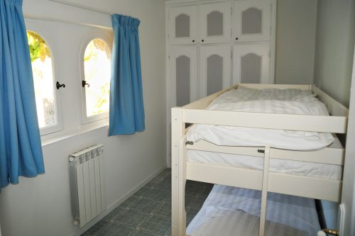 self-catering-gites-cabris-kids-bedroom