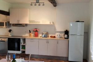 self-catering-gites-cabris-kitchen
