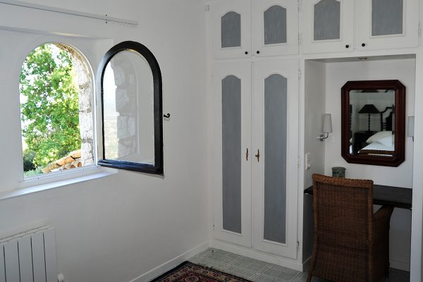 self-catering-gites-cabris-master-bedroom
