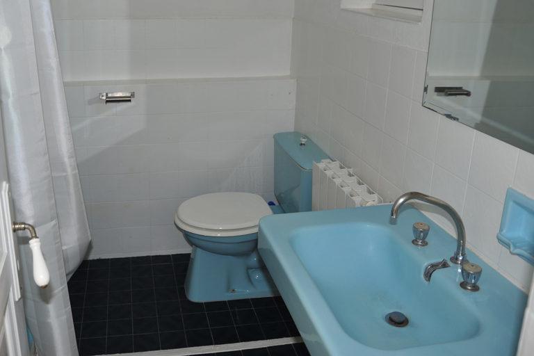 self-catering-gites-cabris-second-bathroom