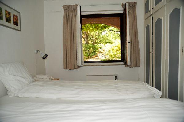 Vacation-Rent-Apartment-Saint-Tropez-Bedroom