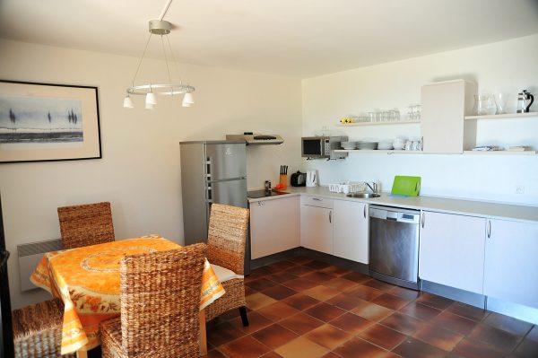 Vacation-Rent-Apartment-Saint-Tropez-Kitchen