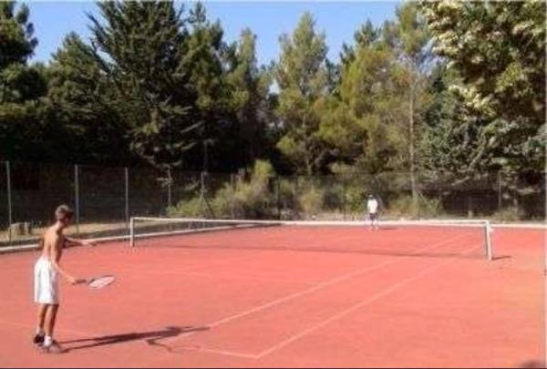 tennis-court-we-have