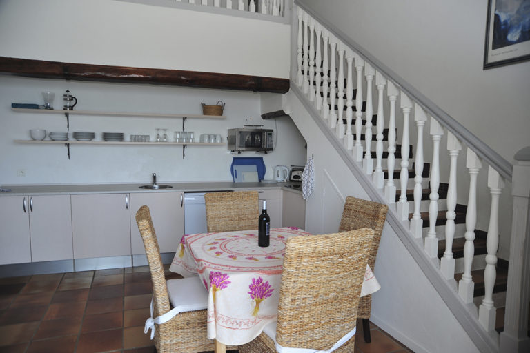Holiday-Apartment-Eze-Kitchen
