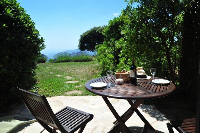Holiday-Rental-Cannes-Patio