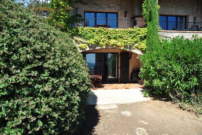 Vacation-Rent-Apartment-Saint-Tropez-Garden