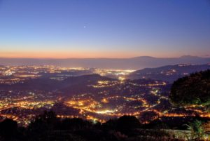 nightime-view-of-cannes